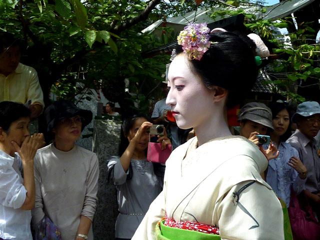 安井金毘羅宮 櫛祭り_e0048413_19114878.jpg