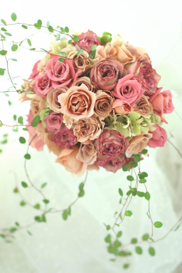 2つにシェアするブーケ お台場CARESS様へ 去年とは違う花を_a0042928_23355273.jpg