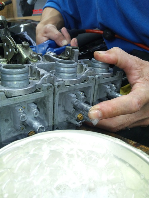 CB400F エンジン不調・・・キャブオーバーホール。その3_a0163159_2342567.jpg