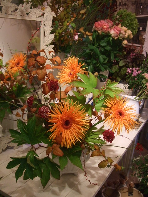 オークリーフ花の教室(山田さんの作品)_f0049672_15222887.jpg