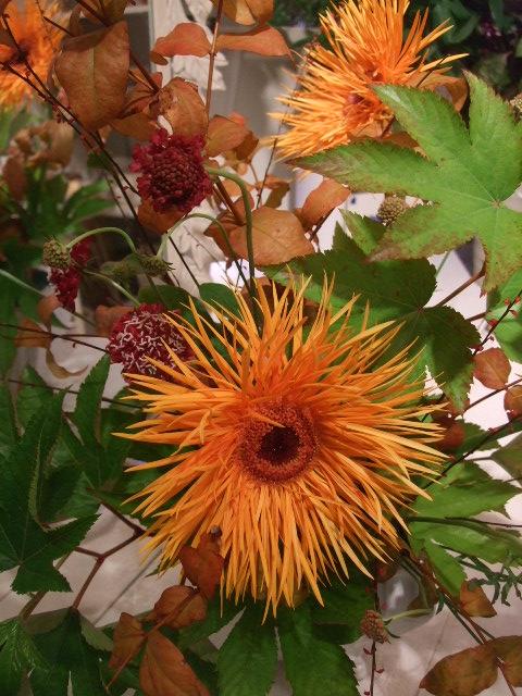 オークリーフ花の教室(山田さんの作品)_f0049672_15251494.jpg