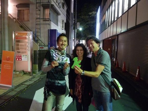 東京散歩、土曜日。_c0180686_8502083.jpg