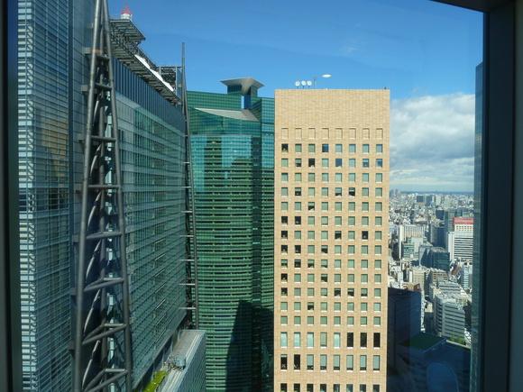 東京散歩、土曜日。_c0180686_8584221.jpg
