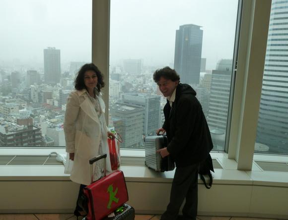 HIS本社訪問+LaDonna誌インタビュー_c0180686_0475657.jpg