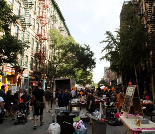 地域活性化にもつながるNYの小さな地元のお祭り Fourth Arts Block Festival_b0007805_20191799.jpg