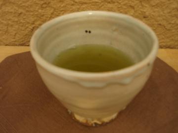 尾形アツシ展    その3    カップで日本茶_b0132442_16494982.jpg