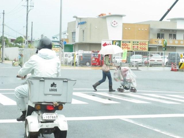 Street view_c0157558_19375077.jpg