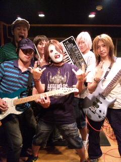 皆様!!僕達DIXIESは新曲をUPしました!!_f0236990_0124078.jpg