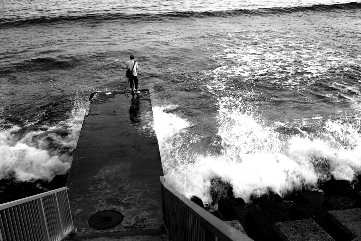 海のある光景。。。_e0139093_2124385.jpg