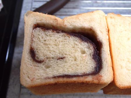ポーリッシュ種の食パン_e0167593_13403.jpg