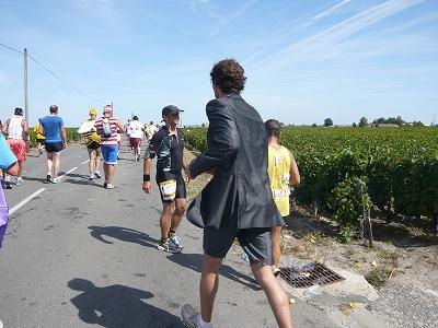メドックマラソンツアーDay3 メドックマラソン2010 31km~完走!_d0113725_3324143.jpg