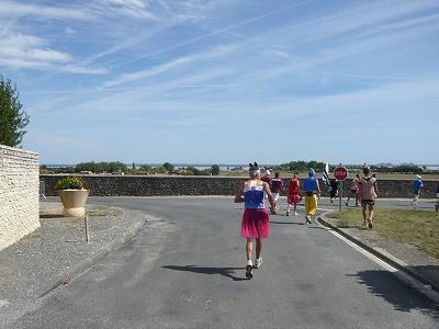 メドックマラソンツアーDay3 メドックマラソン2010 31km~完走!_d0113725_3433781.jpg