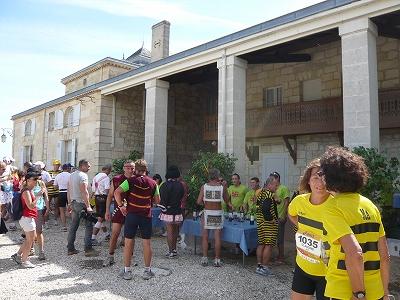 メドックマラソンツアーDay3 メドックマラソン2010 31km~完走!_d0113725_358888.jpg