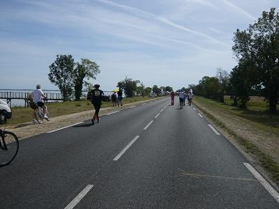 メドックマラソンツアーDay3 メドックマラソン2010 31km~完走!_d0113725_44185.jpg
