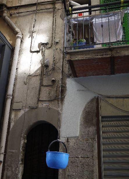 カオスと喧騒の街、ナポリ_d0041729_22174622.jpg