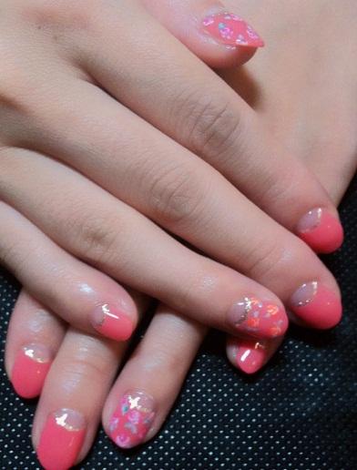 小花柄nail_a0158476_1123193.jpg
