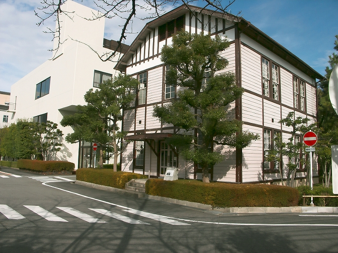東リ旧本館事務所_f0116479_22365926.jpg