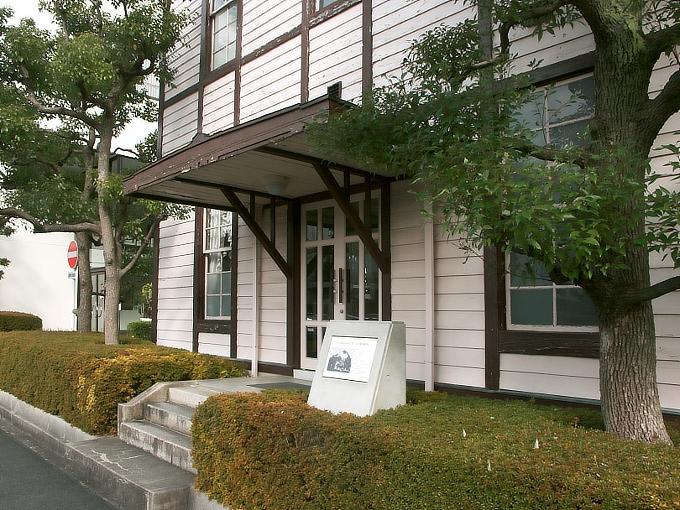 東リ旧本館事務所_f0116479_2248241.jpg