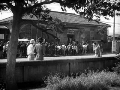 成瀬巳喜男監督『めし』(東宝映画、1951年) その2  _f0147840_0184798.jpg