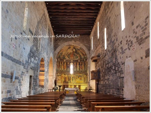 12世紀の教会@サルデニア La Basilica della Santissima Trinita\' di Saccargia_f0229410_15412332.jpg