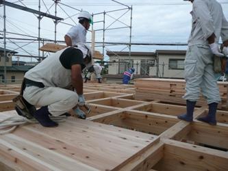福岡市東区三苫にて 上棟レポート ~2階を建てる_b0112371_20144577.jpg