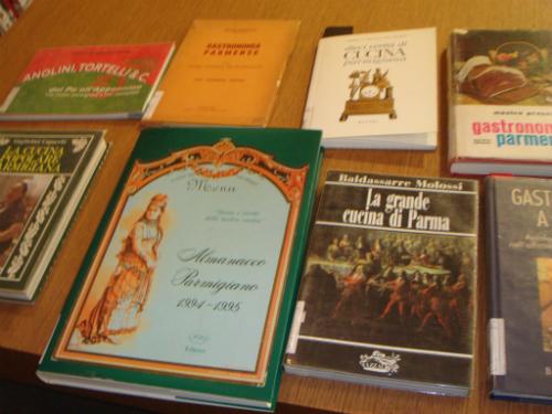 アカデミアバリッラの図書館_c0222316_1735719.jpg