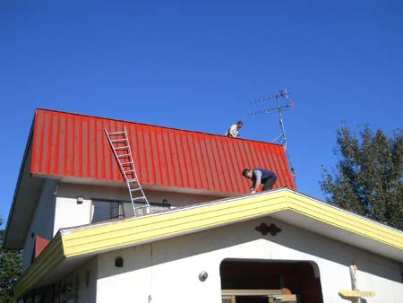 ペンキ塗り中です_f0096216_10553016.jpg