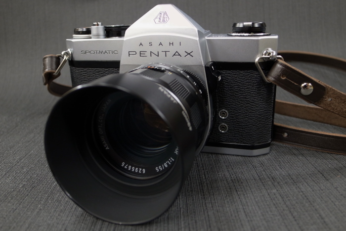 Analoge Fotografie Pentax Spotmatic Sp Ii 35mm Film Camera With Takumar 55mm F/1.8 Smc Lens