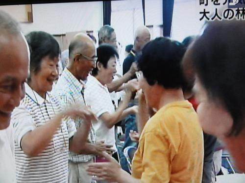 「大人の林間・臨海学校」 NHK全国ニュースで放映!!_c0108460_15123616.jpg