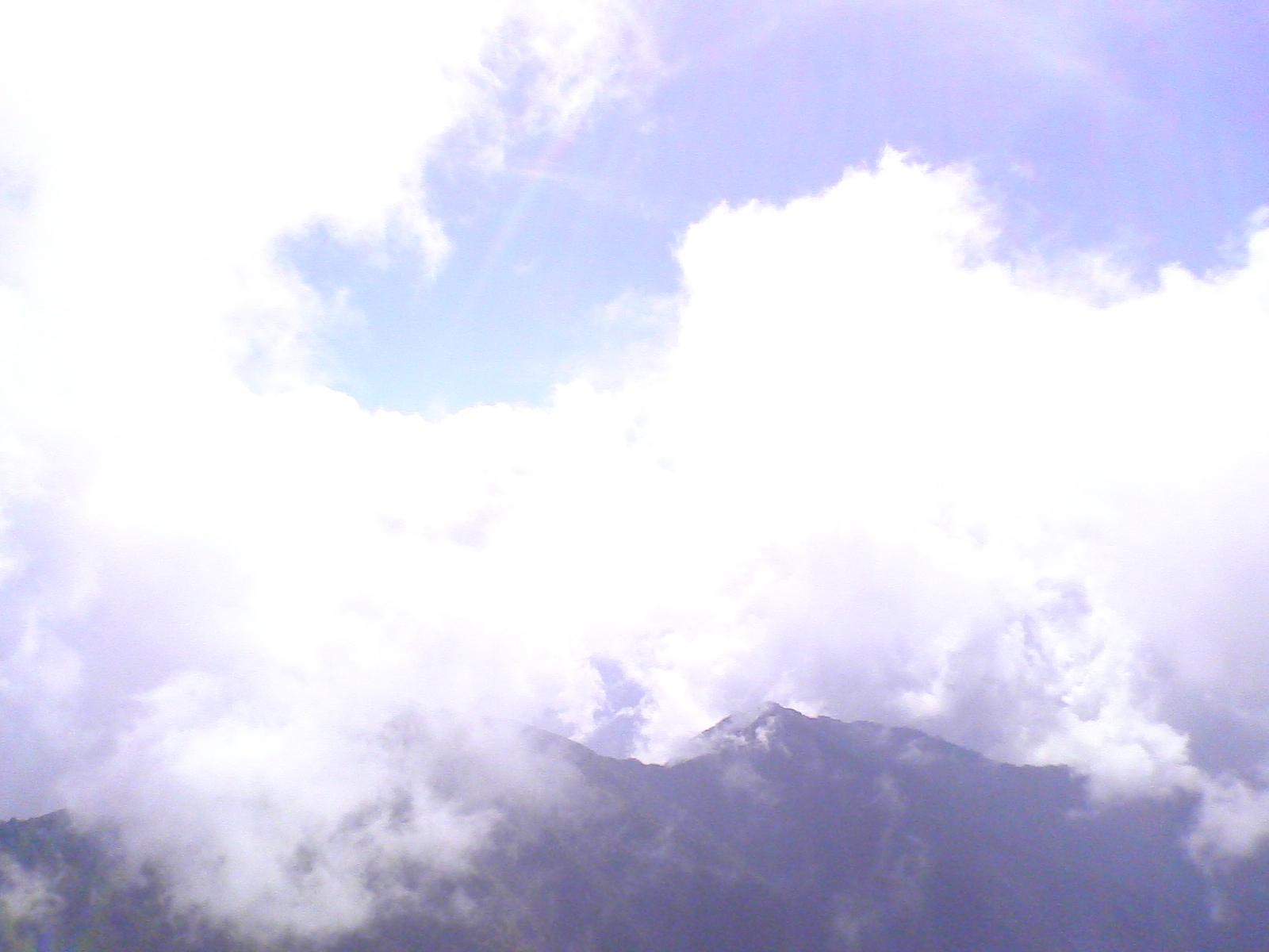 山登り_e0182990_22473188.jpg
