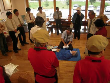 ちこり村 AED講習会と防災訓練_d0063218_1110376.jpg