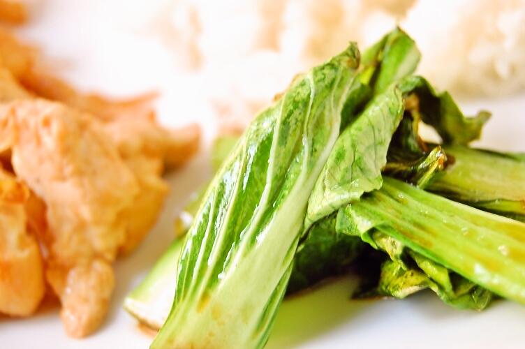 ご飯が進む☆鶏胸肉と玉ねぎの味噌しょうが焼き_d0104926_349534.jpg