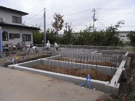 基礎工事 ヒゲ筋_e0197748_20113429.jpg