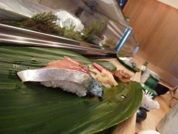 今回初めての寿司、至福!_c0180686_16101051.jpg