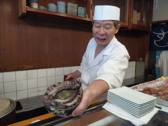 今回初めての寿司、至福!_c0180686_1611569.jpg