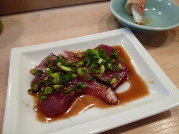 今回初めての寿司、至福!_c0180686_16203394.jpg