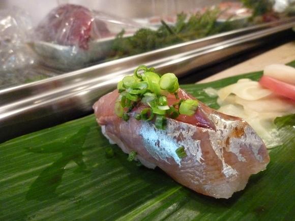 今回初めての寿司、至福!_c0180686_1633349.jpg