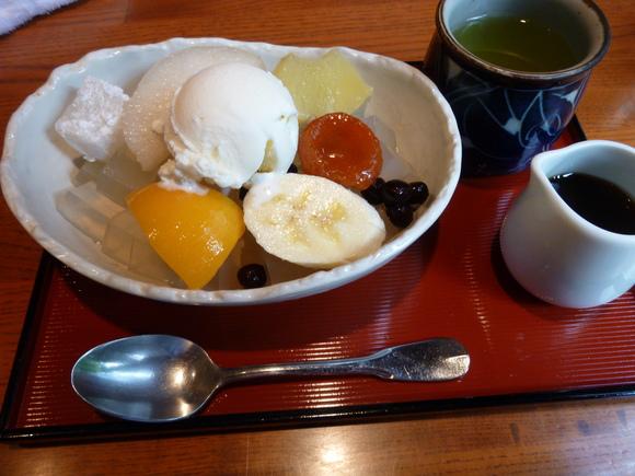 今回初めての寿司、至福!_c0180686_1673459.jpg