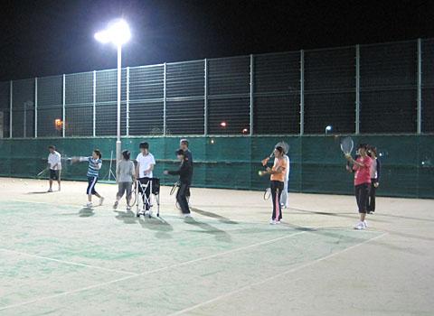 土曜テニスサークルに新メンバー入会_a0151444_11303058.jpg