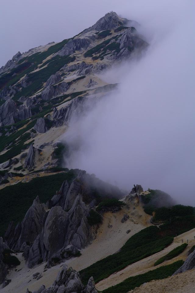 燕岳登山 その4 燕山荘から燕岳へ_a0060230_2332032.jpg
