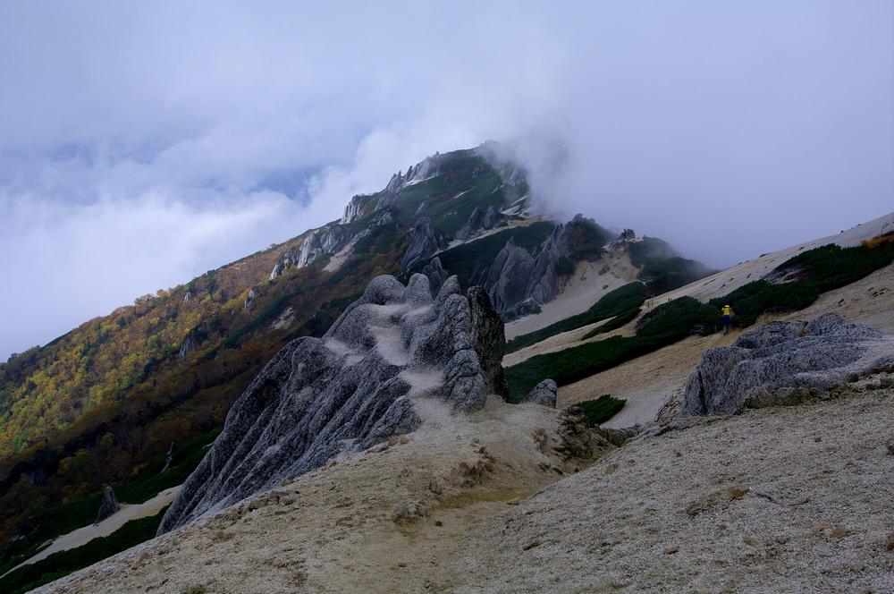 燕岳登山 その4 燕山荘から燕岳へ_a0060230_2336321.jpg