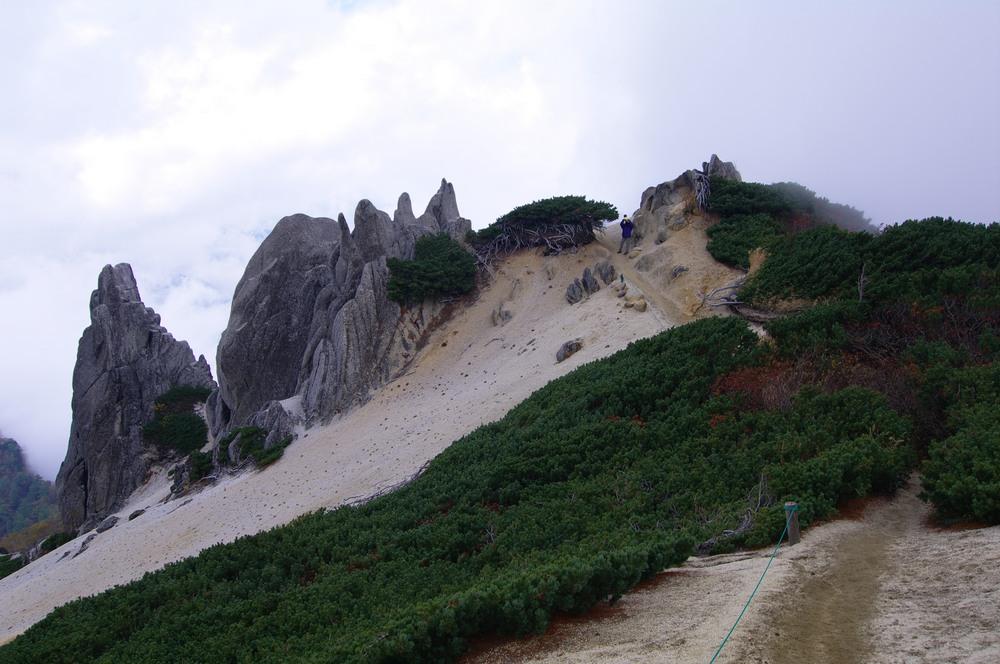 燕岳登山 その4 燕山荘から燕岳へ_a0060230_23365229.jpg