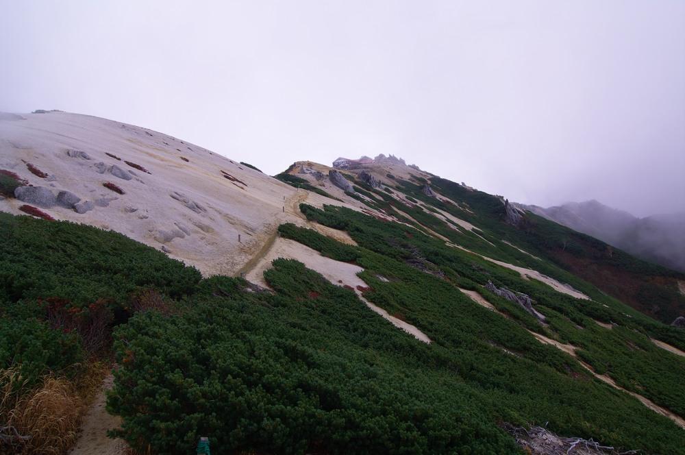 燕岳登山 その4 燕山荘から燕岳へ_a0060230_23373077.jpg