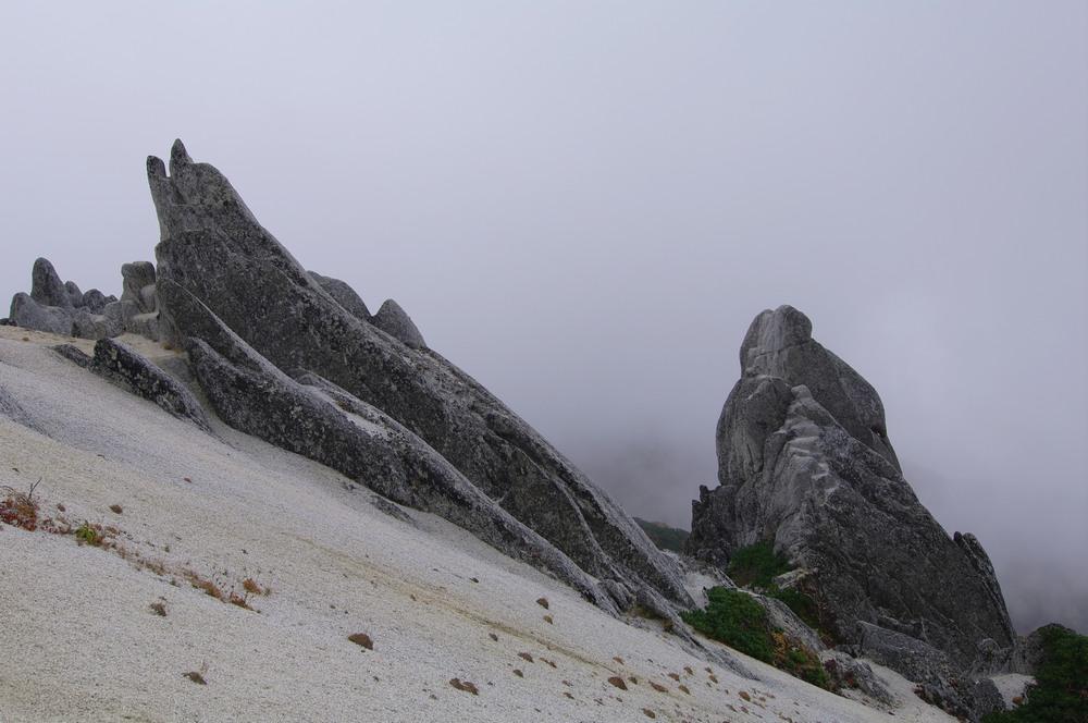 燕岳登山 その4 燕山荘から燕岳へ_a0060230_2338233.jpg