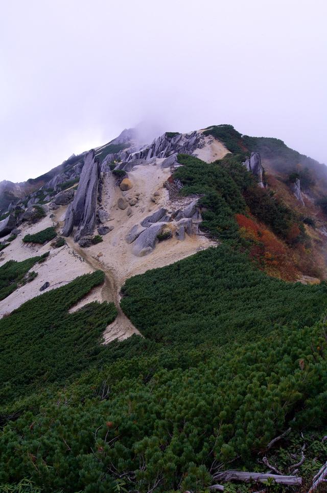 燕岳登山 その4 燕山荘から燕岳へ_a0060230_2341892.jpg