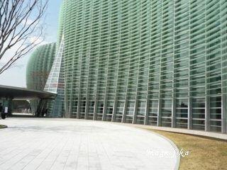 My favorite art museums 美術館 1: 新国立美術館 The National Art Center Tokyo_e0140365_021230.jpg