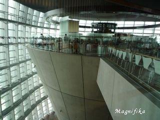 My favorite art museums 美術館 1: 新国立美術館 The National Art Center Tokyo_e0140365_025094.jpg