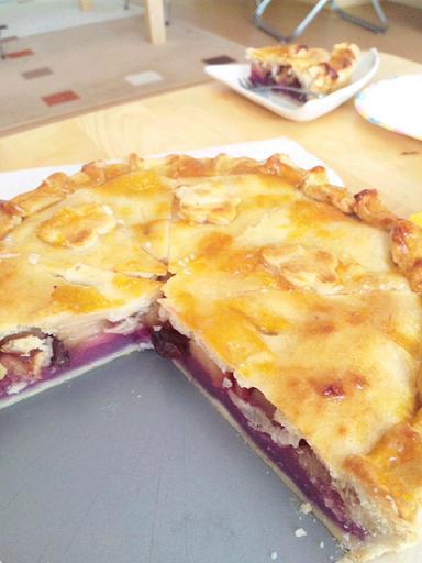 紅芋&アップルパイをおみやげに・・。_d0128268_20523060.jpg