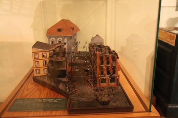 ワルシャワ蜂起博物館-1_f0145483_1341184.jpg