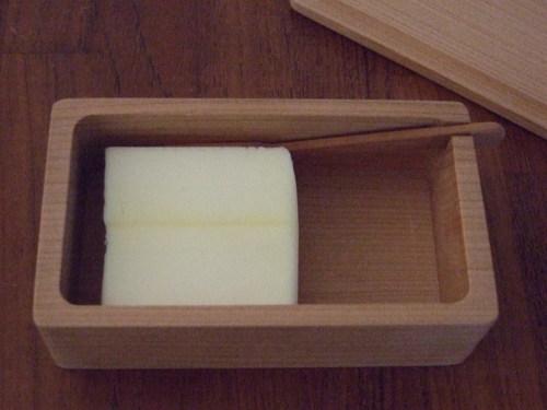 三谷龍二のバターケース_e0129400_223355.jpg